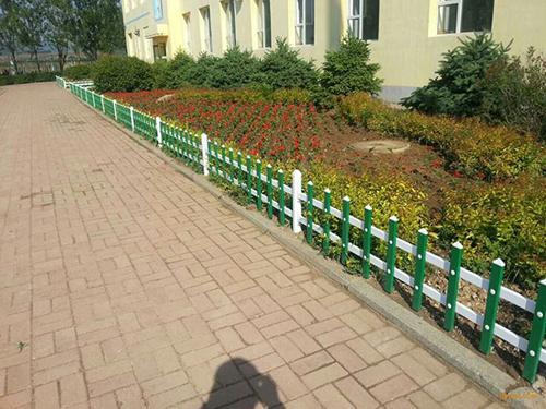 草坪围栏案例